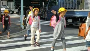 2_gakkou_ni_kuru_michi
